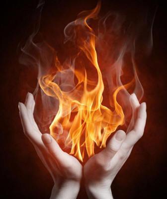 огонь в руках